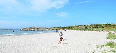 apelviken strand varberg
